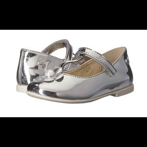 Adorable girls naturino silver shoes 27